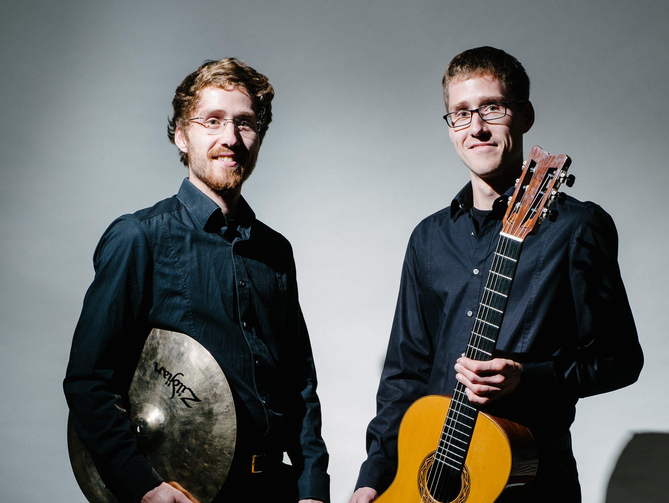 Duo Gitarre | Schlagwerk
